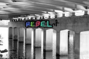Graffetti under bridge