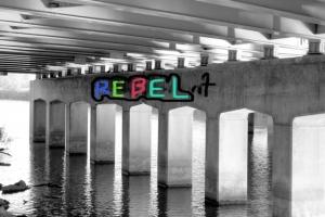 Graffetti under bridge